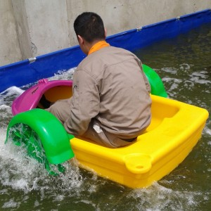 Colorful And Funny Swimming Pool Paddle Boat For One Person